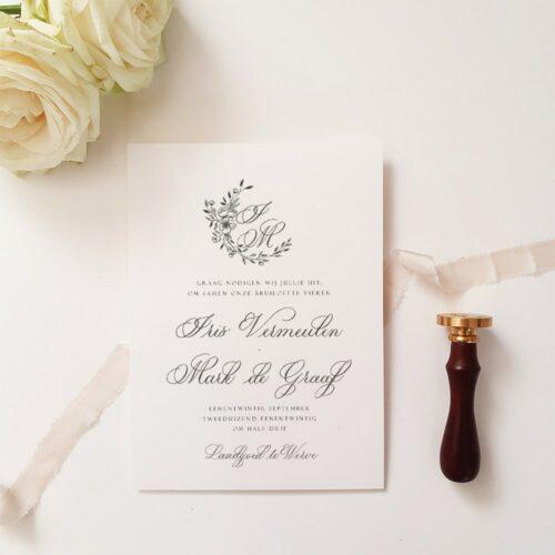 Klassieke kalligrafie elementen in trouwkaart
