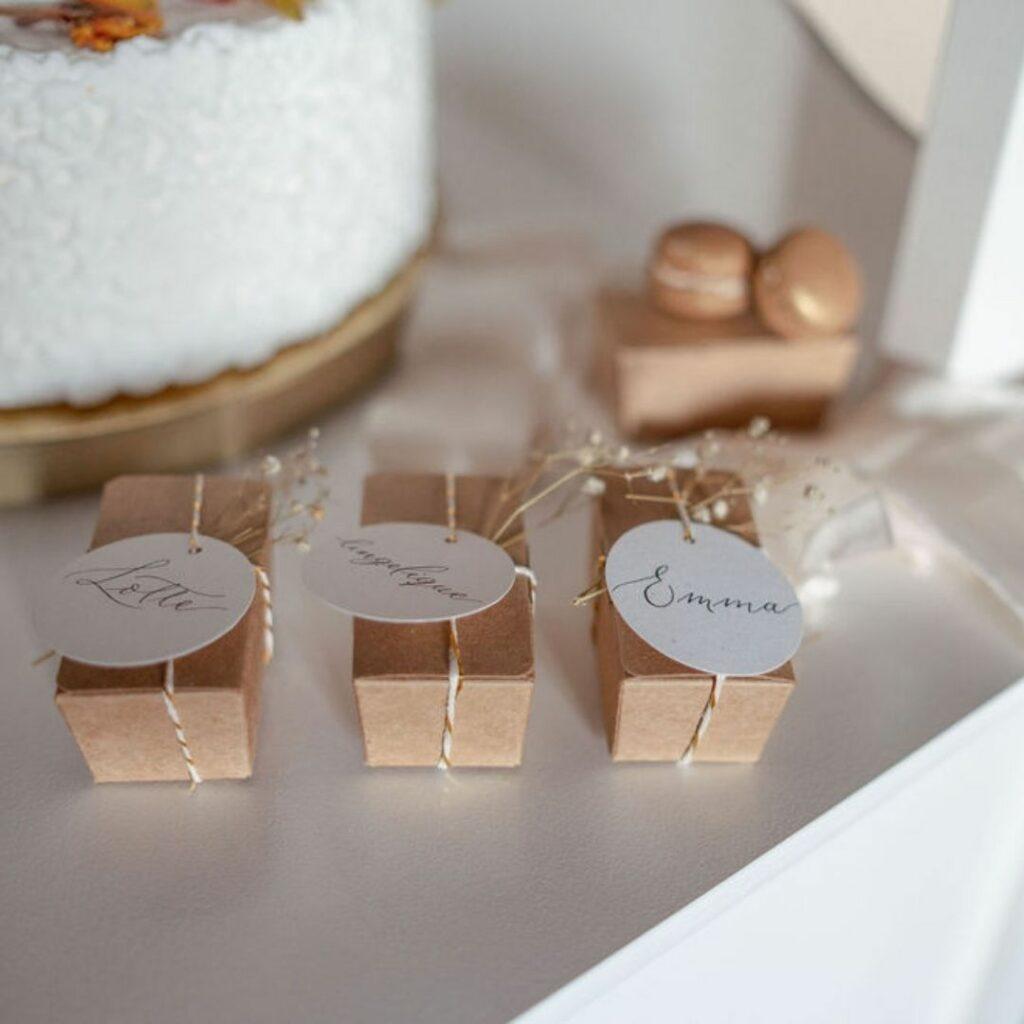 Labels rond bedankjes bruiloft